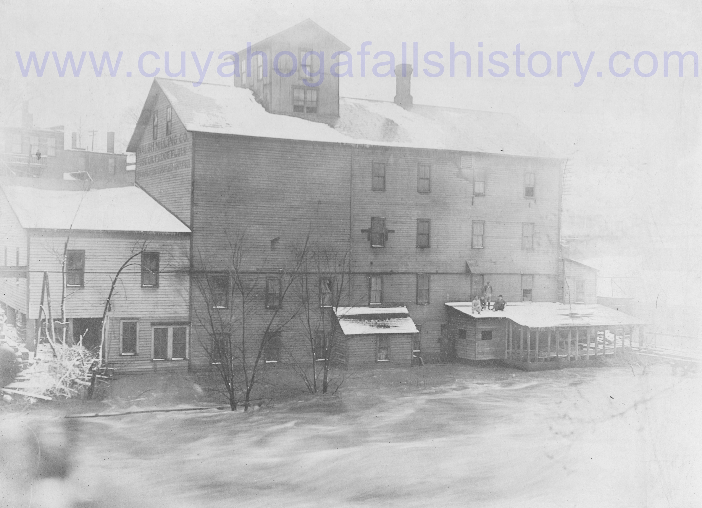 Walsh Mills during Flood of 1913